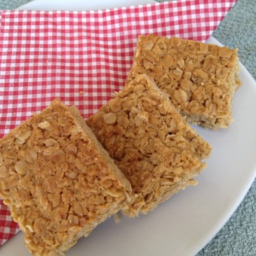 Crumbly Coconut Squares