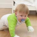 Child-crawling-wearing-Shruggi_no-movement-restriction