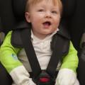 Toddler-wearing-Shruggi-for-car-journey